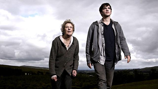 Linda Bassett and Andrew Simpson in Nick Nickleby, BBC1.